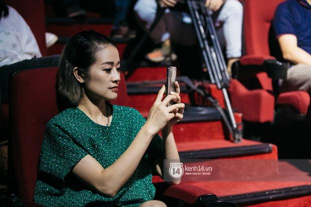 Phạm Anh Khoa thay thế cố nghệ sĩ Trần Lập làm minishow cùng nhóm Bức Tường, MC Lại Văn Sâm tiết lộ từng tham gia một ban nhạc - Ảnh 22.