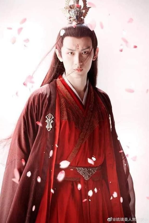 Nức lòng với BXH nam thần cổ trang diện đồ đỏ đẹp nhất: Thành Nghị, Tiêu Chiến đều bại trận trước lão đại Triển Chiêu - Ảnh 8.