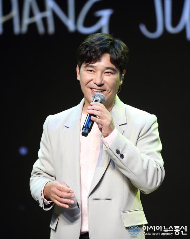 Top 30 ca sĩ hot nhất xứ Hàn hiện nay: Ngỡ ngàng nam ca sĩ so kè với BTS và áp đảo dàn idol, TWICE hay BLACKPINK thắng thế? - Ảnh 9.