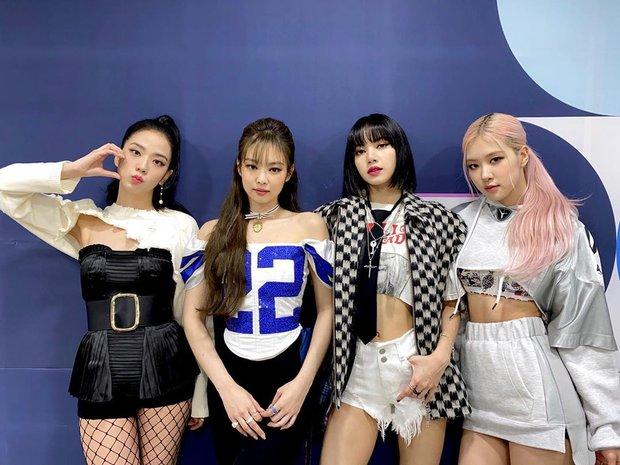 Top 30 ca sĩ hot nhất xứ Hàn hiện nay: Ngỡ ngàng nam ca sĩ so kè với BTS và áp đảo dàn idol, TWICE hay BLACKPINK thắng thế? - Ảnh 6.