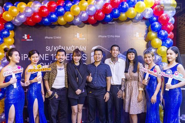 iPhone 12 chính hãng mở bán tại Việt Nam, nhạc sĩ Dương Khắc Linh chốt đơn luôn 4 chiếc, Bảo Thy, Ngô Kiến Huy cũng hào hứng khoe đặt hàng - Ảnh 4.