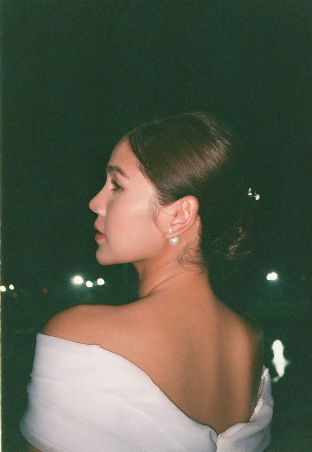 MC Thu Hoài tung trọn bộ ảnh trong tiệc mời cưới: Cô dâu đầy gợi cảm, ai dè Lã Thanh Huyền - Quỳnh Nga nóng bỏng chiếm spotlight - Ảnh 5.