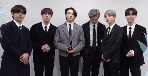Netizen gọi AAA 2020 là giải thưởng trò hề của năm, BLACKPINK, BTS hụt Daesang quan trọng về tay TWICE quá là sai! - Ảnh 6.