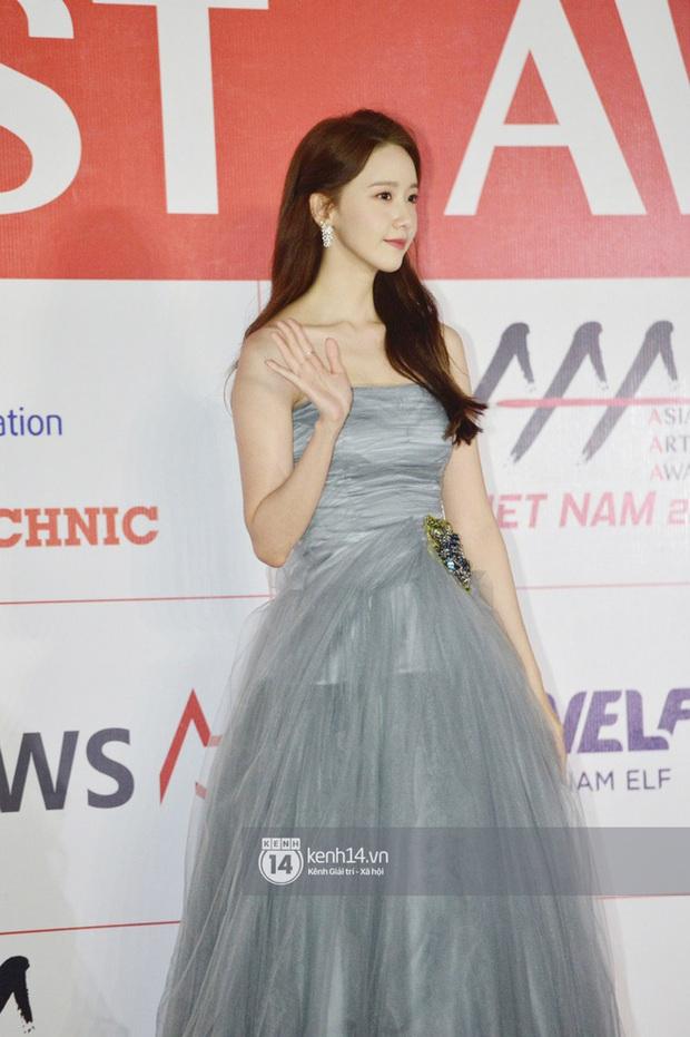 """Năm ngoái quân đoàn sao Hàn khuynh đảo thảm đỏ AAA ở Việt Nam: Yoona - Park Min Young đẹp xỉu, Ji Chang Wook, Red Velvet và dàn idol """"bùng nổ"""" - Ảnh 2."""