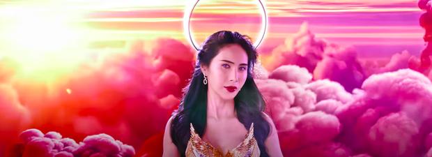 Phản ứng trái chiều về MV Thuỷ Tiên: Người khen hay nức nở, nhạc nhộn nhộn, kẻ chê hình ảnh phản cảm - Ảnh 10.