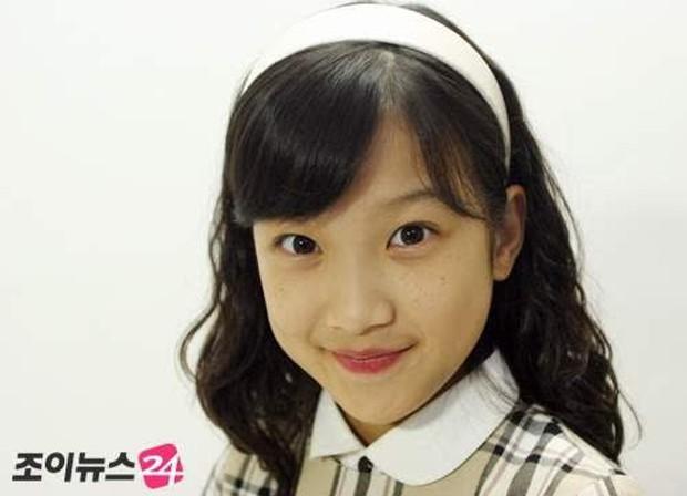 Moon Ga Young - Nữ chính True Beauty: Xuất thân danh giá, nhan sắc đỉnh cao lại được cả hội nam thần EXO cưng như trứng - Ảnh 20.