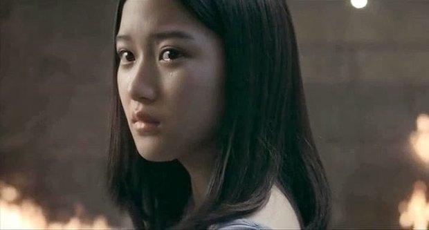Moon Ga Young - Nữ chính True Beauty: Xuất thân danh giá, nhan sắc đỉnh cao lại được cả hội nam thần EXO cưng như trứng - Ảnh 22.