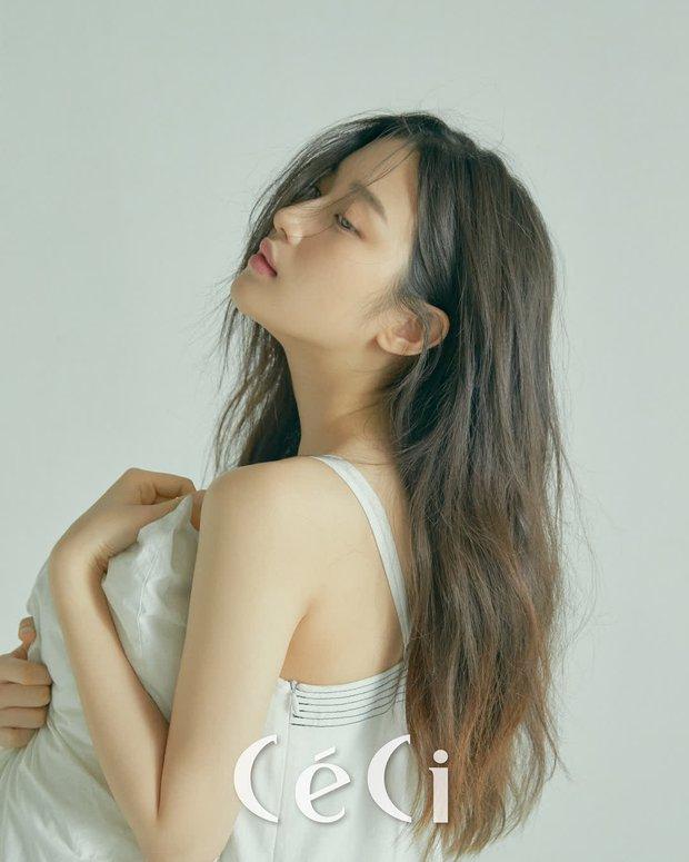 Moon Ga Young - Nữ chính True Beauty: Xuất thân danh giá, nhan sắc đỉnh cao lại được cả hội nam thần EXO cưng như trứng - Ảnh 3.