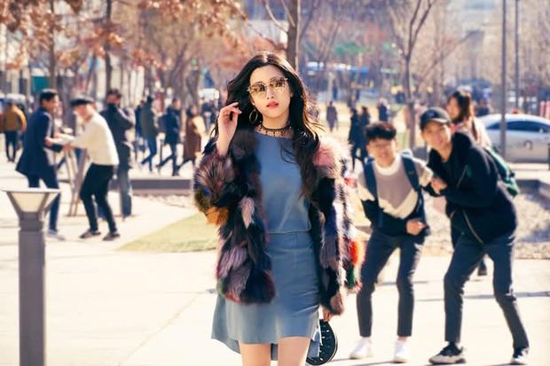 Moon Ga Young - Nữ chính True Beauty: Xuất thân danh giá, nhan sắc đỉnh cao lại được cả hội nam thần EXO cưng như trứng - Ảnh 15.
