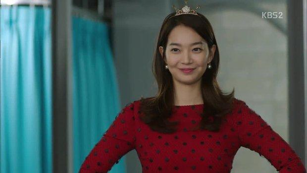 """6 màn """"vịt hoá thiên nga"""" ngoạn mục ở phim Hàn: IU, Moon Ga Young chưa sốc bằng ác nữ Penthouse - Ảnh 15."""