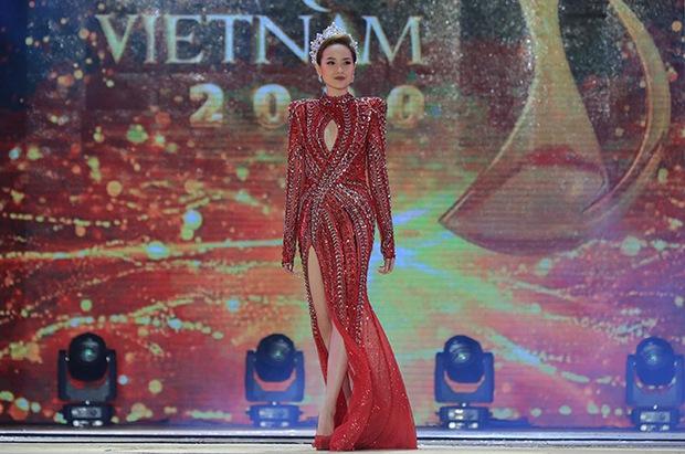 Chưa từng có tiền lệ: Miss Tourism Việt Nam 2020 không có Tân Hoa khôi, chỉ có 2 Á khôi, Khánh Ngân vẫn giữ ngôi vị sau 3 năm! - Ảnh 8.