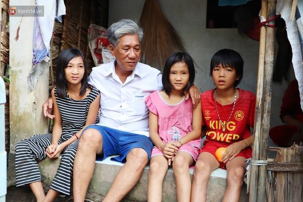 3 đứa trẻ không cha, đói ăn bên người mẹ bệnh tật: Con đi lượm ve chai, vỏ dừa khô để phụ mẹ nuôi em - Ảnh 13.