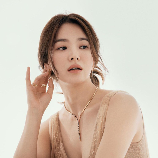 Ảnh cũ từ 20 năm trước của Song Hye Kyo bỗng hot lại: Lý do được tôn làm quốc bảo nhan sắc Kbiz là đây? - Ảnh 12.
