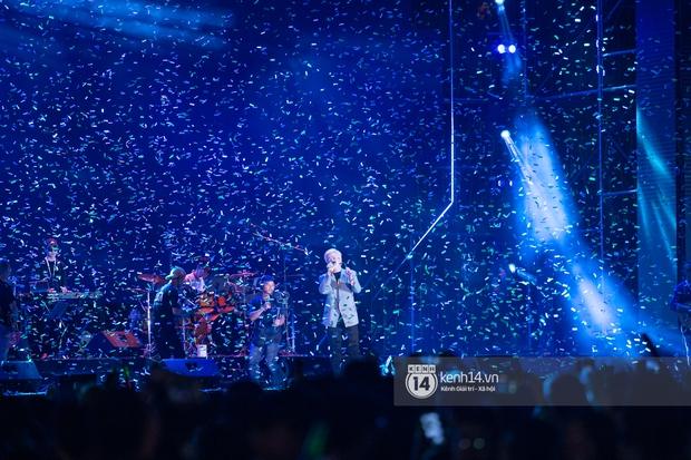Suboi đi diễn có dàn thí sinh Rap Việt hộ tống còn lên hẳn sân khấu quẩy chung, Hoàng Dũng và Cá Hồi Hoang khuấy đảo đại nhạc hội - Ảnh 4.
