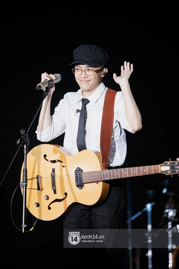 Suboi đi diễn có dàn thí sinh Rap Việt hộ tống còn lên hẳn sân khấu quẩy chung, Hoàng Dũng và Cá Hồi Hoang khuấy đảo đại nhạc hội - Ảnh 15.