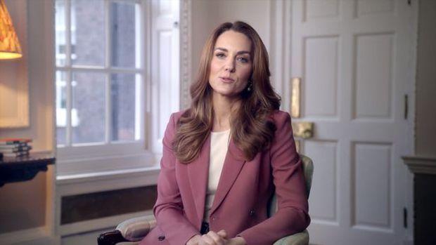 Lý do chính vì sao Meghan Markle bất ngờ chia sẻ về việc bị sảy thai, Hoàng gia Anh và Công nương Kate đã phản ứng ra sao? - Ảnh 3.