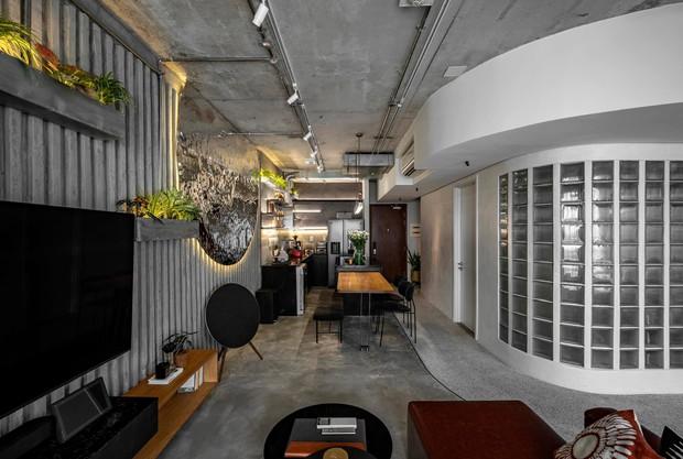 Mạnh tay đập bỏ hết tường và trần nhà, chàng trai Sài Gòn có ngay căn hộ studio cực ấn tượng, không gian mở được tận dụng tối đa - Ảnh 12.