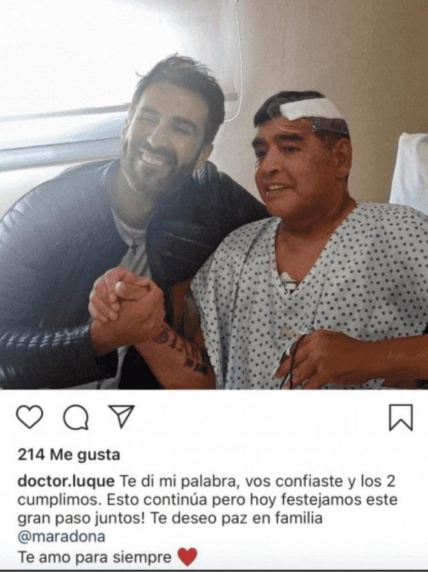 Tình tiết mới: Maradona tranh cãi và xô xát với bác sĩ trước khi qua đời vài ngày - Ảnh 1.