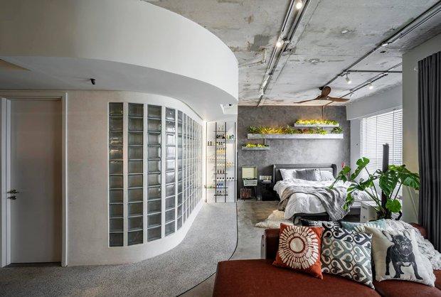 Mạnh tay đập bỏ hết tường và trần nhà, chàng trai Sài Gòn có ngay căn hộ studio cực ấn tượng, không gian mở được tận dụng tối đa - Ảnh 3.