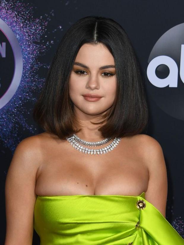 Phẫn nộ vụ ca ghép thận của Selena Gomez bị lôi ra làm trò đùa, Justin Bieber cũng bị réo tên một cách kém duyên - Ảnh 4.