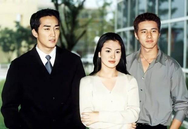 Ảnh cũ từ 20 năm trước của Song Hye Kyo bỗng hot lại: Lý do được tôn làm quốc bảo nhan sắc Kbiz là đây? - Ảnh 10.