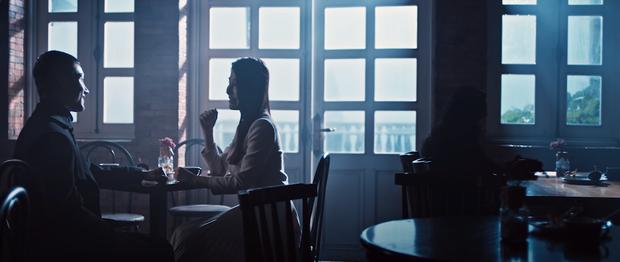 Quang Vinh comeback hát nhạc Mr. Siro, MV miêu tả tổ hợp tình yêu hết sức phức tạp của Lynk Lee, Liz Kim Cương và Diễm My 9x - Ảnh 2.