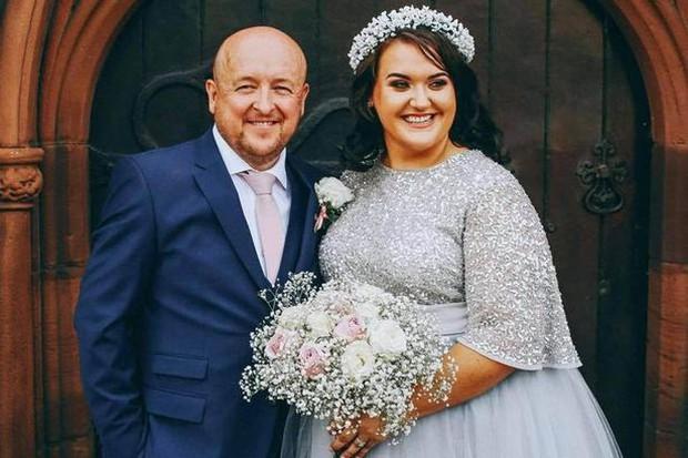 Cô dâu giả vờ bị ung thư để bạn bè quyên góp cho 347 triệu đồng tổ chức đám cưới sang chảnh - Ảnh 1.
