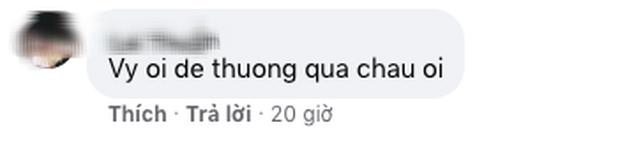 Hoa hậu Tiểu Vy khoe bóc tem iPhone 12 Pro Max với biểu cảm siêu dễ thương khiến dân tình khen lấy, khen để - Ảnh 3.