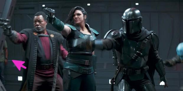 Phim mới nhà Star Wars để lạc thành viên ekip vào cảnh phim rồi âm thầm dọn phốt, chịu nổi không? - Ảnh 1.