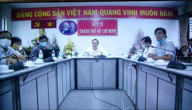 Bộ Y tế thông báo khẩn về BN 1347 ở TP.HCM: Lây nhiễm từ người cách ly, là giáo viên dạy tiếng Anh - Ảnh 3.