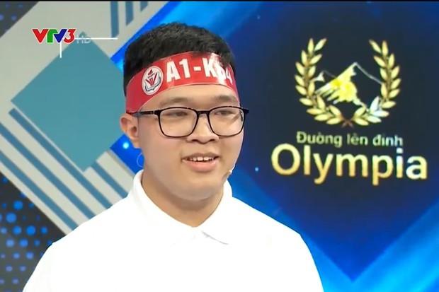 Nam sinh Hà Nội lập kỷ lục điểm số tại Đường Lên Đỉnh Olympia nhưng sao cái tên lại khiến cộng đồng Sky phấn khích thế này! - Ảnh 1.