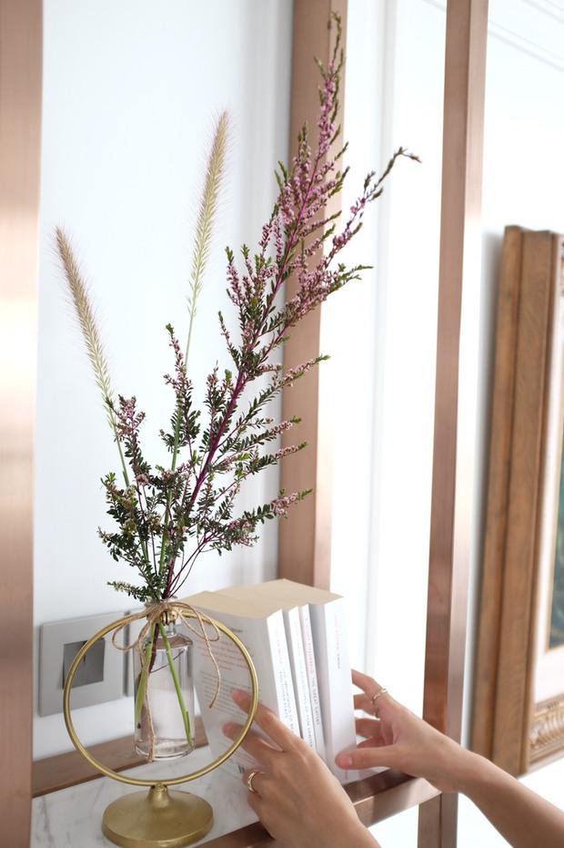 Căn hộ 350m2 của nữ doanh nhân Hà Nội: Phong cách Paris thanh lịch, nội thất nhập từ Ý, Pháp - Ảnh 17.