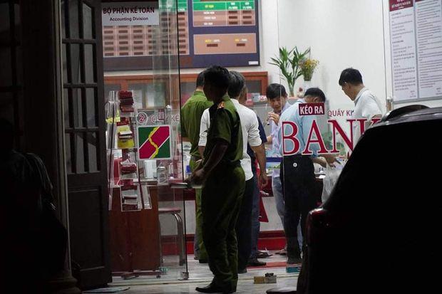 Thanh niên 21 tuổi nghi dùng lựu đạn cướp ngân hàng Agribank ở Đồng Nai bị bắt tại Sài Gòn - Ảnh 4.