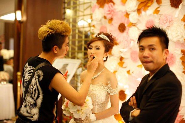 Vợ Minh Nhựa đăng ảnh mình đẹp, chồng giàu out nét cũng mặc kệ - Ảnh 1.