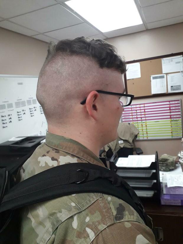 Những pha cắt tóc phá nát cả visual của hội lỡ đặt lòng tin vào thợ cạo nghiệp dư - Ảnh 4.