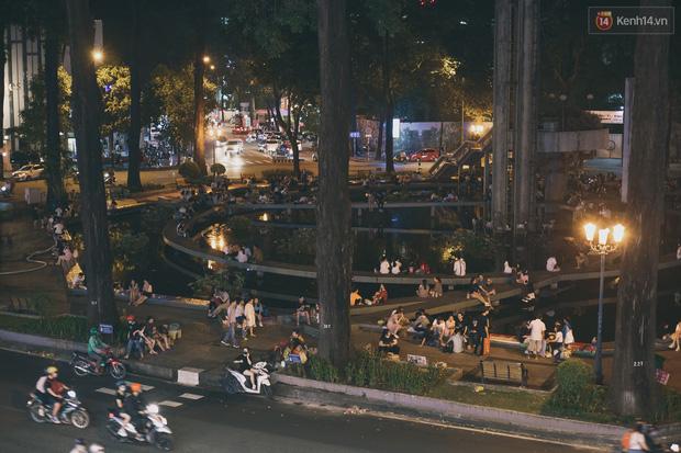 Bao lâu rồi bạn bát phố mà không ghé Hồ Con Rùa - điểm check-in quen thuộc một thời của sinh viên Sài Gòn? - Ảnh 1.