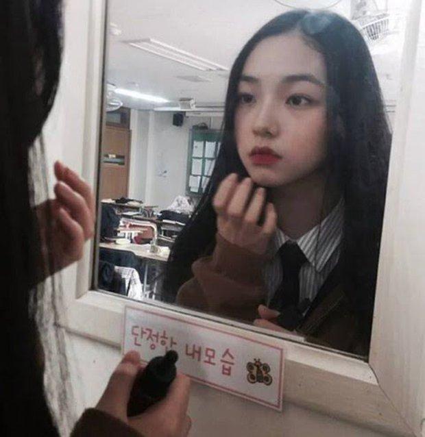 Dân tình á ố vì góc nghiêng của center nói xấu EXO - BLACKPINK Karina (aespa): Đẹp như đồ họa nhưng lại là sản phẩm dao kéo? - Ảnh 5.
