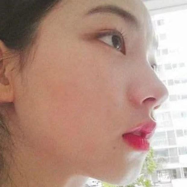 Dân tình á ố vì góc nghiêng của center nói xấu EXO - BLACKPINK Karina (aespa): Đẹp như đồ họa nhưng lại là sản phẩm dao kéo? - Ảnh 2.