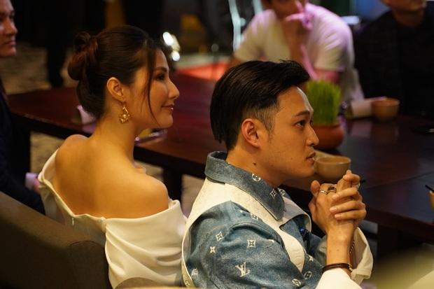 Quang Vinh comeback hát nhạc Mr. Siro, MV miêu tả tổ hợp tình yêu hết sức phức tạp của Lynk Lee, Liz Kim Cương và Diễm My 9x - Ảnh 21.