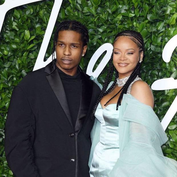 Hollywood thêm cặp từ friendzone hoá tình nhân: Nữ hoàng kem trộn Rihanna hẹn hò rapper đình đám sau 7 năm làm bạn? - Ảnh 2.
