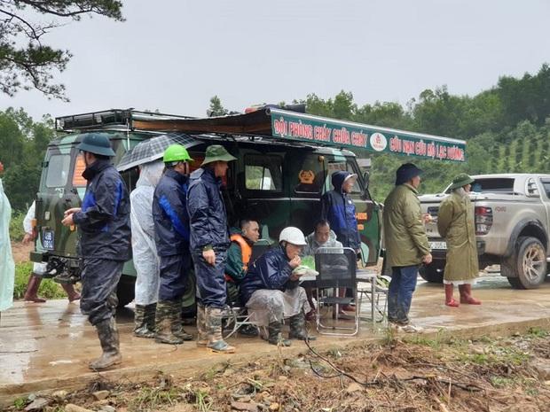 Lâm Đồng: Đã tìm thấy thi thể 1 nữ nạn nhân bị lũ cuốn trôi khi đi du lịch - Ảnh 2.