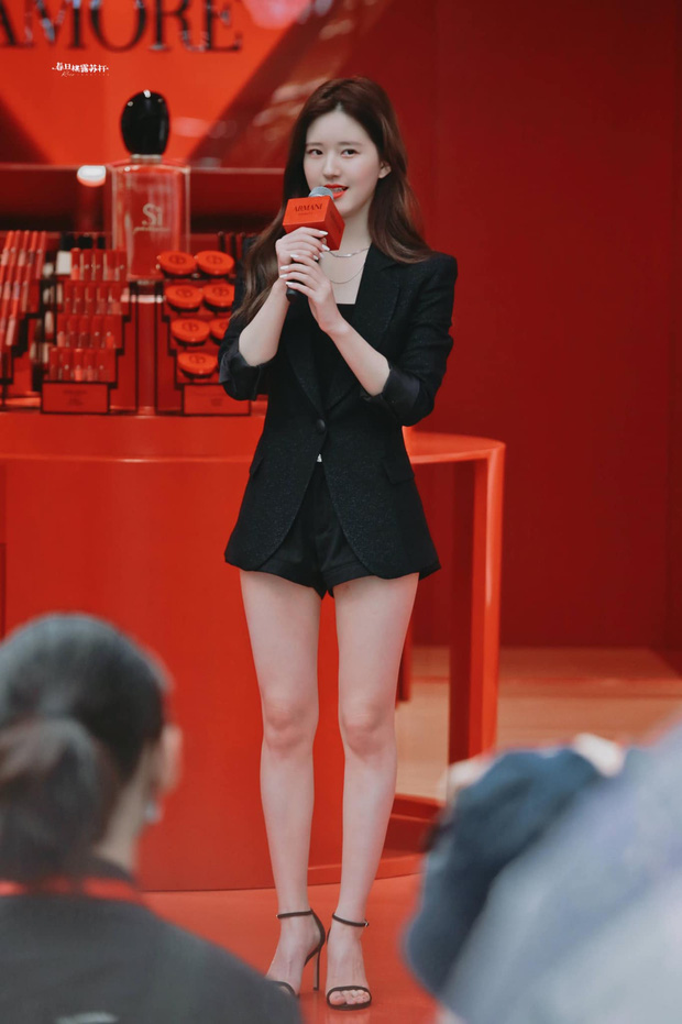 Tranh cãi trên Weibo: Fan đòi Triệu Lộ Tư phải giảm cân, ảnh nhan sắc và vóc dáng liên tục bị đào lại - Ảnh 7.