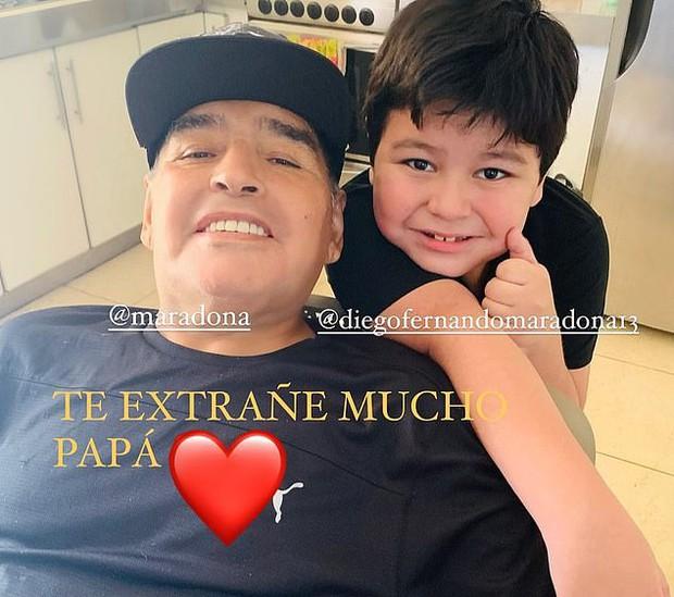 Lời nhắn cuối cùng của huyền thoại Maradona gửi cho bạn trai của tình cũ trước lúc mất: Hãy chăm sóc cô ấy và thiên thần nhỏ của tôi - Ảnh 4.