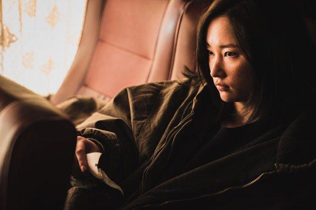 Ác nữ gây ám ảnh của THE CALL: Biến thái, tàn bạo lại khỏe như siêu nhân, bảo sao hành Park Shin Hye tới bến - Ảnh 6.