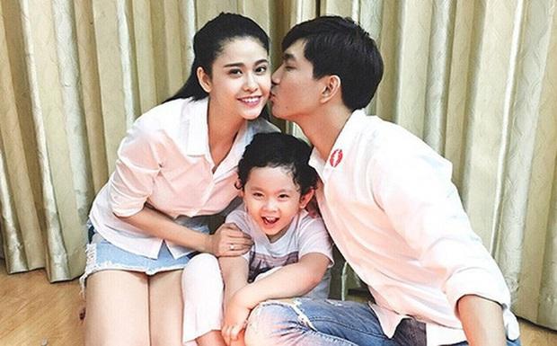 Như chưa hề có cuộc chia ly: Trương Quỳnh Anh vui vẻ hội ngộ Tim, khung ảnh 3 người cùng đón Giáng sinh gây xúc động - Ảnh 5.