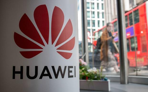 Anh cấm lắp đặt thiết bị 5G Huawei từ tháng 9/2021 - Ảnh 1.