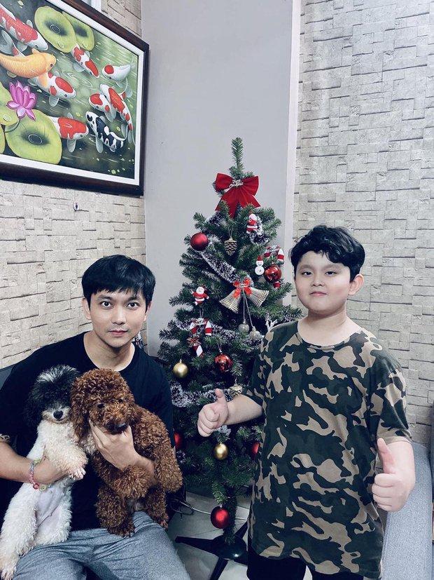Như chưa hề có cuộc chia ly: Trương Quỳnh Anh vui vẻ hội ngộ Tim, khung ảnh 3 người cùng đón Giáng sinh gây xúc động - Ảnh 4.