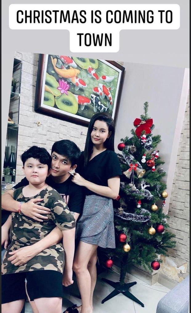Như chưa hề có cuộc chia ly: Trương Quỳnh Anh vui vẻ hội ngộ Tim, khung ảnh 3 người cùng đón Giáng sinh gây xúc động - Ảnh 2.