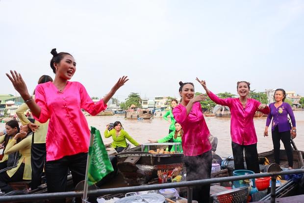 Hương Ly bị Võ Hoàng Yến nhắc nhở: Tham thì thâm đó! vì khai màn drama ở Vietnam Why Not - Ảnh 4.