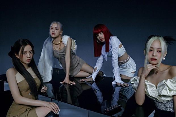 Cục diện nhóm nữ BIG3 năm 2020: BLACKPINK lên ngôi nữ hoàng, TWICE thất thế còn Red Velvet vắng bóng khỏi cuộc chơi - Ảnh 1.